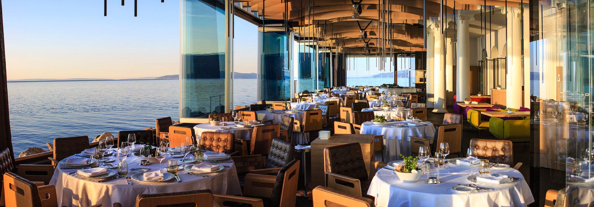 Restaurant bevanda 5 star design hotel restaurant for Design hotel opatija croatia