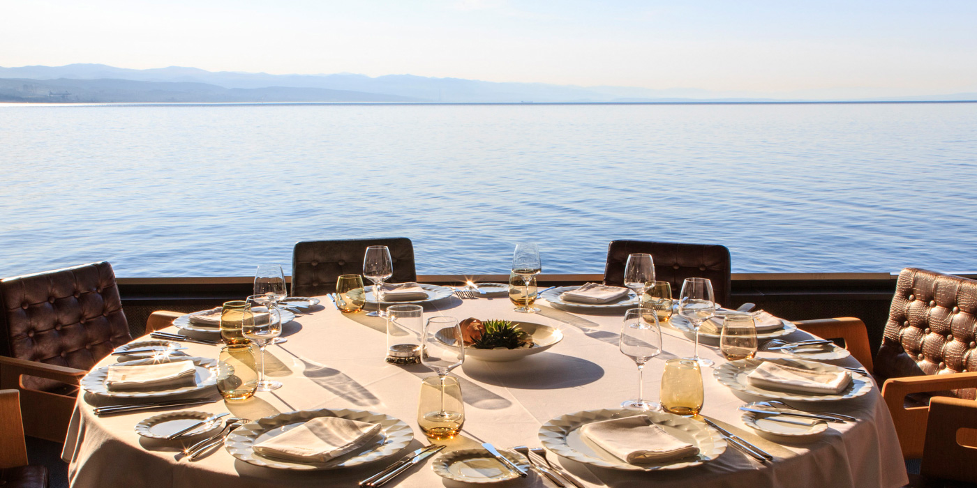 Restoran bar bevanda 5 star design hotel restaurant for Design hotel opatija croatia