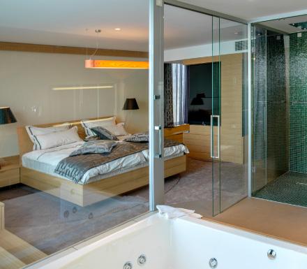 Deluxe soba bevanda 5 star design hotel restaurant for Design hotel opatija croatia