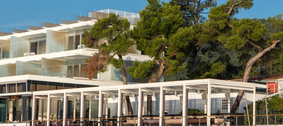 Bar bevanda 5 star design hotel restaurant bar for Design hotel opatija croatia